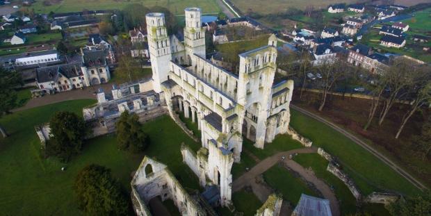 Abbaye de Jumièges by quadcopter