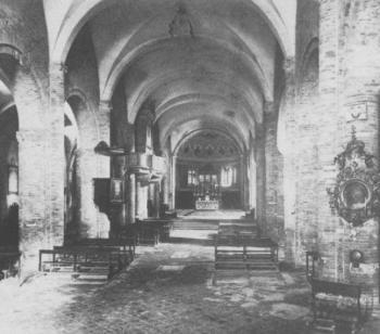 L'interno della navata